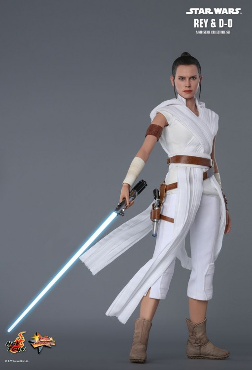 Hot toys set of Rey and D-0