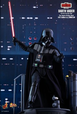 Hot Toys Darth Vader (The Empire Strikes Back 40th Anniversary Collection)