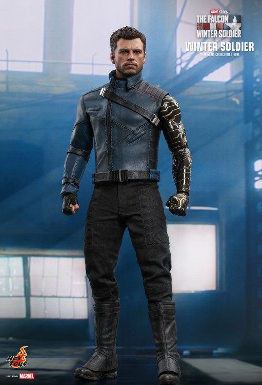 Hot Toys Winter Soldier ( Сокол и Зимний солдат)