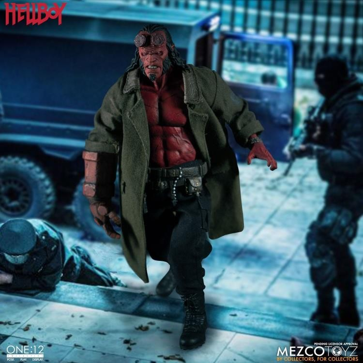 Hellboy the one:12 collectible