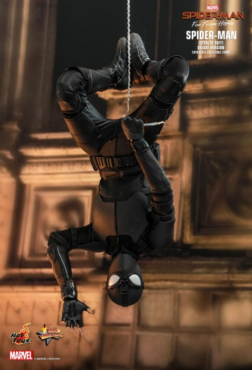 Hot toys Spider-man Stealth Suit