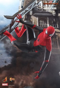 Hot Toys Spiderman Upgrade suit
