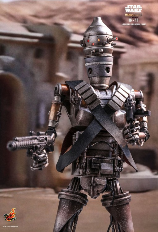 Hot toys  IG-11